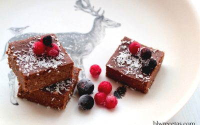 BROWNIE DE ALGARROBA Y COCO